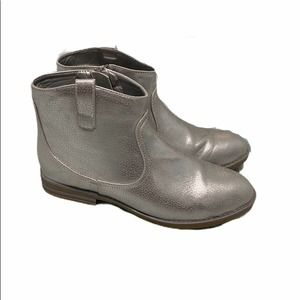 Kenneth Cole Reaction Wild Bunch Boots Silver 5.5